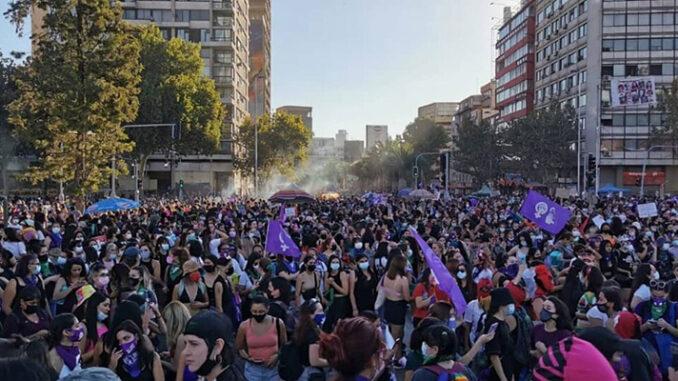 Photo: Coordinadora Feminista 8M - Chili, 8 mars 2021
